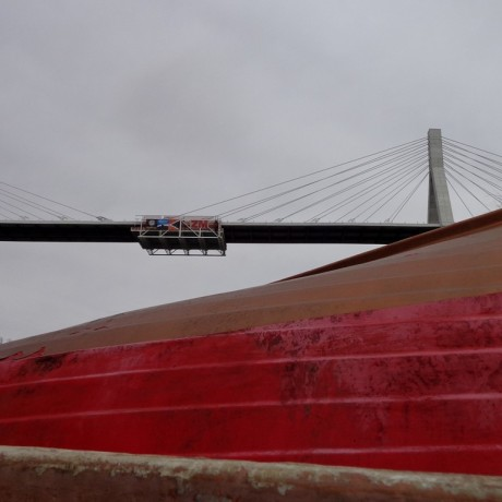 A dos de bateau