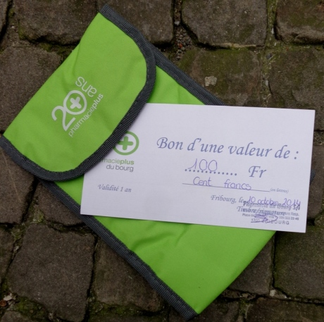 Pharmacie du Bourg vous offre un bon d'achat d'une valeur de Fr. 100.-