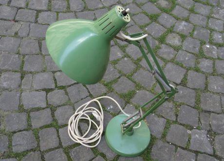 Olivier Kilchoer offre une lampe Regent des années 60